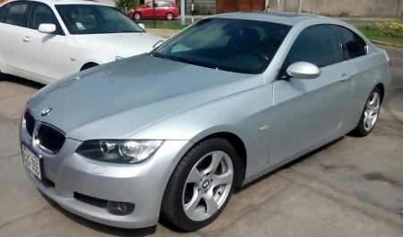 BMW 325i                                       2009  a solo US$ 16.900