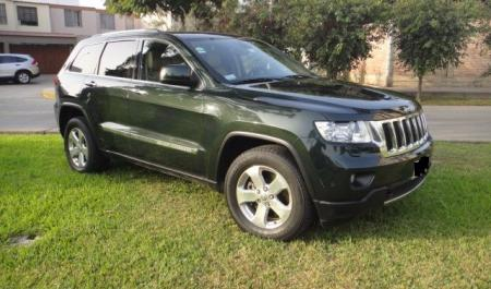 Jeep Grand Cherokee Limited Hemi                                       2010  a solo US$ 23.900