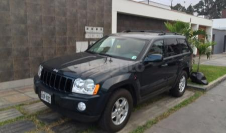 Jeep Grand Cherokee Laredo                                       2006  a solo US$ 11.600