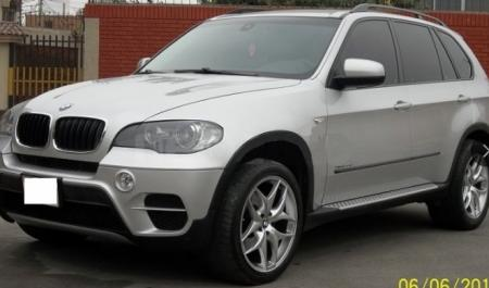 BMW X5 3.0D                                       2013  a solo US$ 32.800