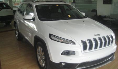 Jeep Cherokee Limited                                       2015  a solo US$ 45.990