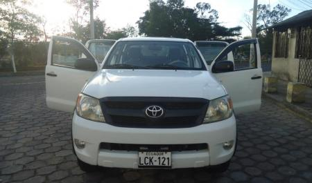Camioneta Hilux 2015 En Quito | Autos Post
