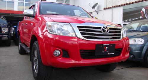 45cfd17be Toyota Hilux SR AC CD 2014 Camioneta Doble Cabina en Cuenca, Azuay-Comprar  usado en PatioTuerca Ecuador