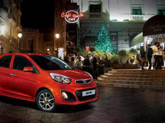 kia picanto 2013 hatchback 5 puertas en santa cruz. Black Bedroom Furniture Sets. Home Design Ideas