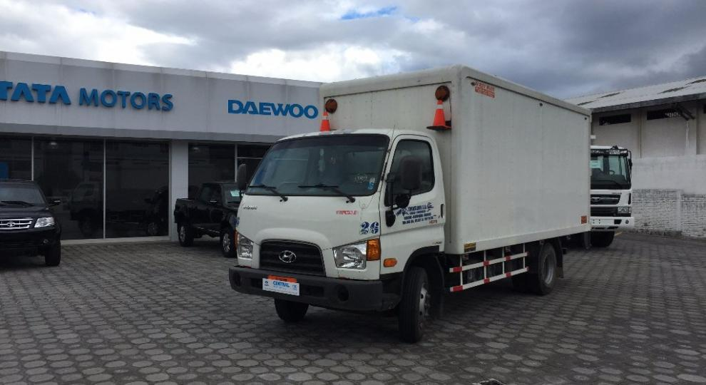 Hyundai hd78 2013 cami n peque o 3 a 6 ton en quito for Garage hyundai 78