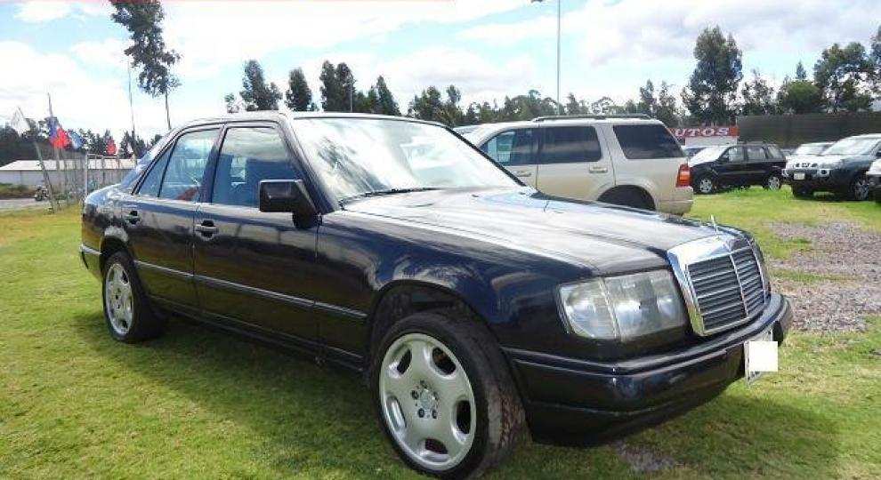 Mercedes benz e300 1986 sed n en sangolqui pichincha for Mercedes benz 1986 e300
