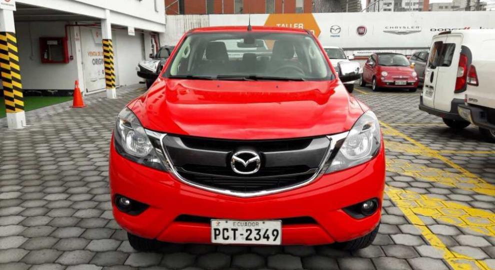 Mazda Bt 50 2016 Camioneta Cabina Y Media En Quito