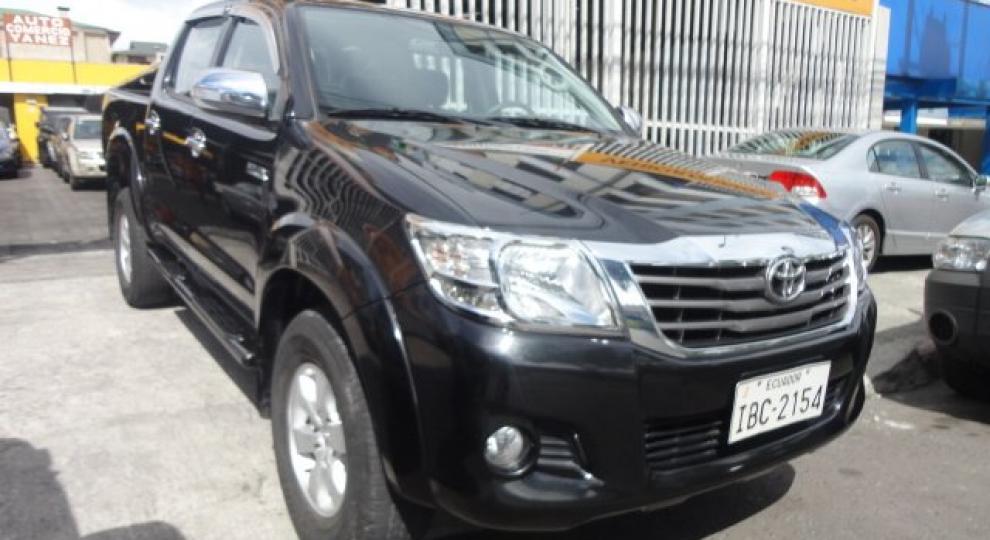 Toyota Hilux SR AC CD 2014 Camioneta Doble Cabina en Quito, Pichincha