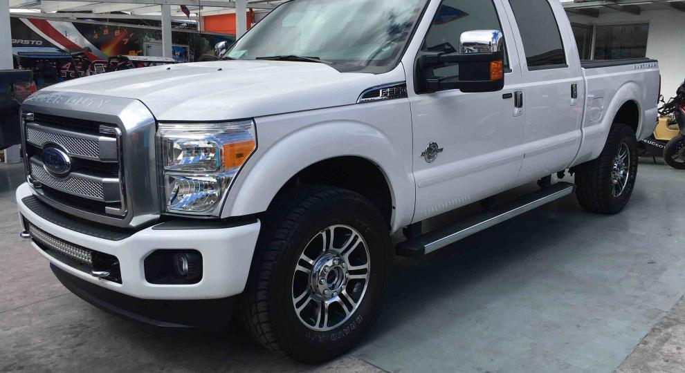 Ford F 350 Super Duty 2014 Camioneta Doble Cabina En Quito