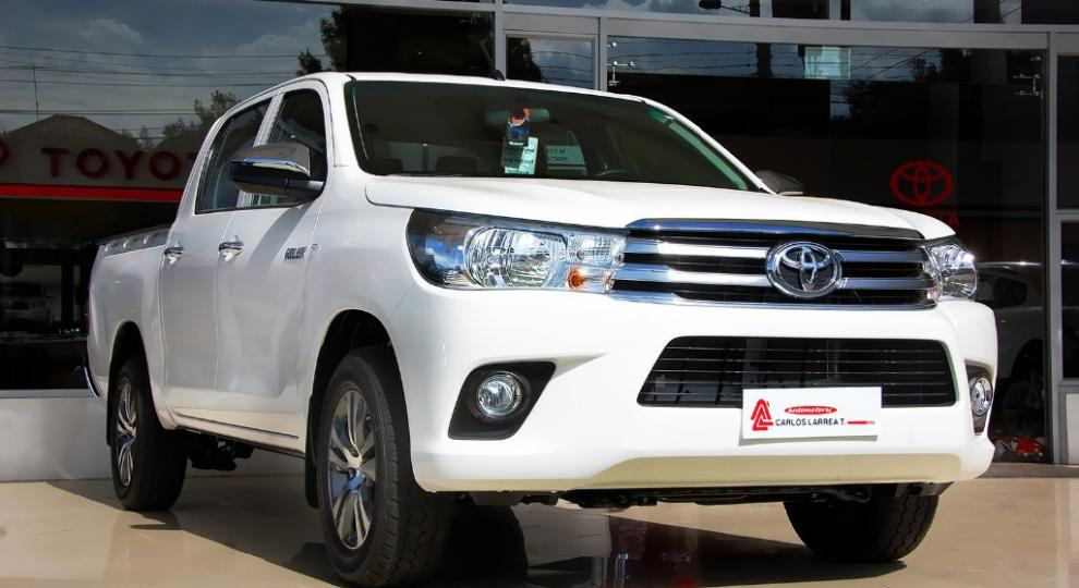 Toyota Hilux CD 4x2 2016 Camioneta Doble Cabina en Ambato ...