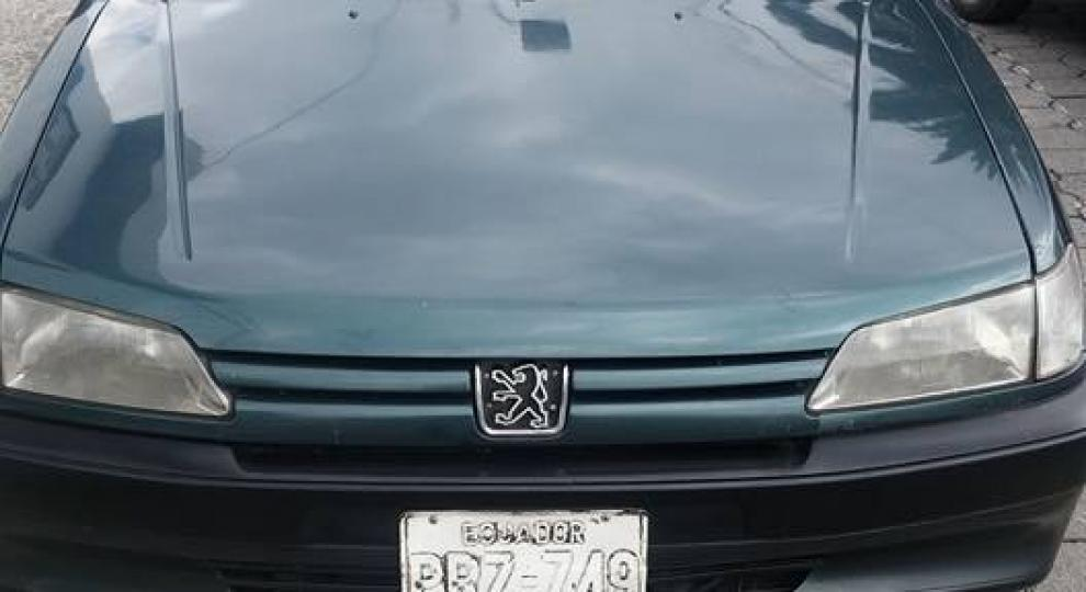 peugeot 306 xt 1995 hatchback 5 puertas en quito pichincha comprar usado en patiotuerca ecuador. Black Bedroom Furniture Sets. Home Design Ideas