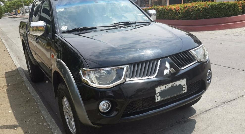Mitsubishi Sportero L200 2009 Camioneta Doble Cabina En