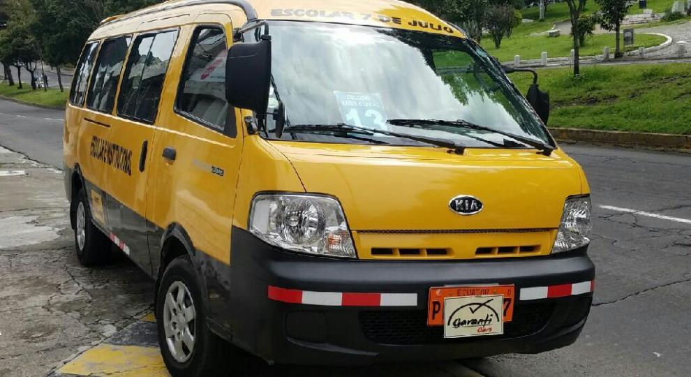 Kia pregio 2014 van en quito pichincha comprar usado en for Sillas para kia pregio
