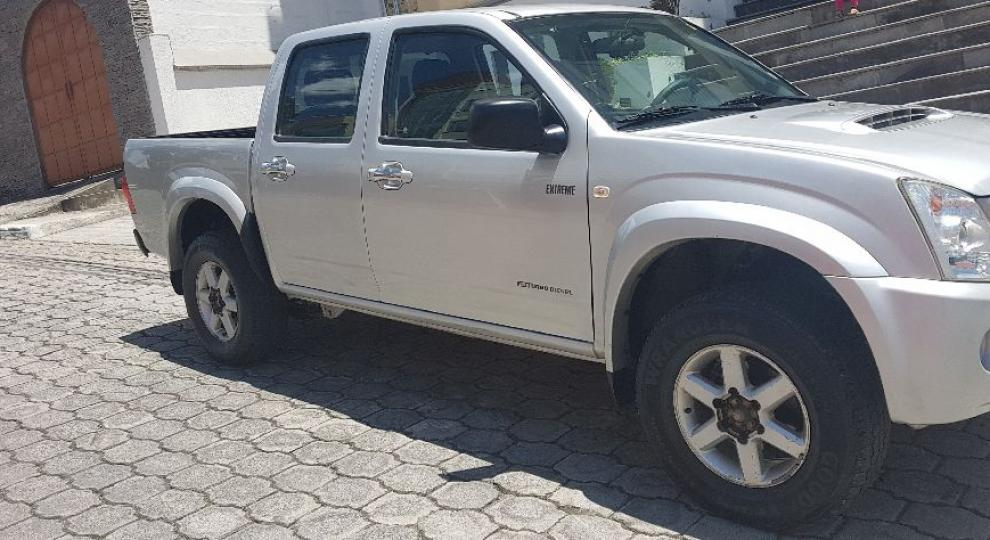 chevrolet d max tm 30 4x4 diesel 2013 quito - Patio Tuerca Ecuador