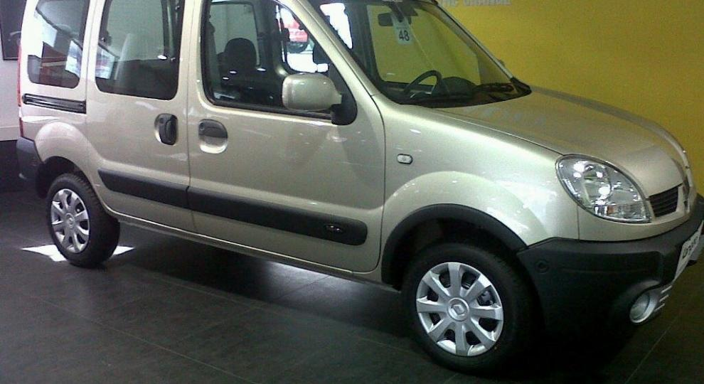 renault kangoo 2017 camioneta en merlo gba zona oeste comprar usado en auto foco. Black Bedroom Furniture Sets. Home Design Ideas
