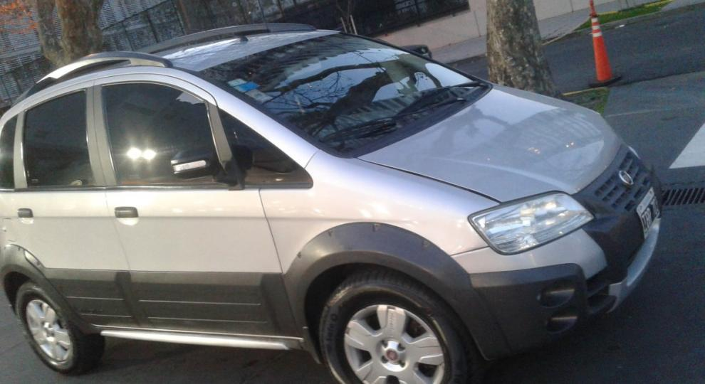 Fiat idea 2009 hatchback en san miguel gba zona norte for Fiat idea 2009 precio