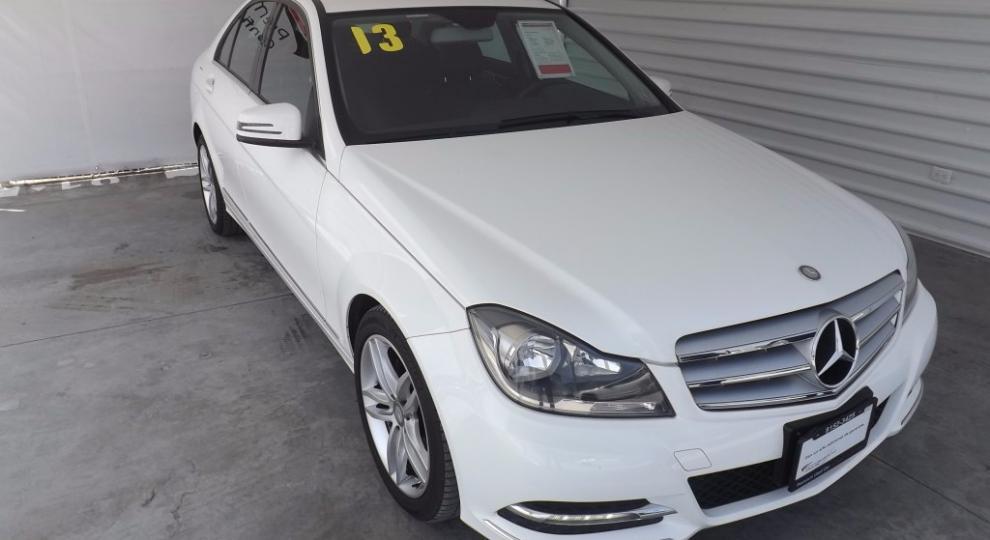 Mercedes benz clase c 2013 sed n en san pedro garza garc a for Mercedes benz san pedro