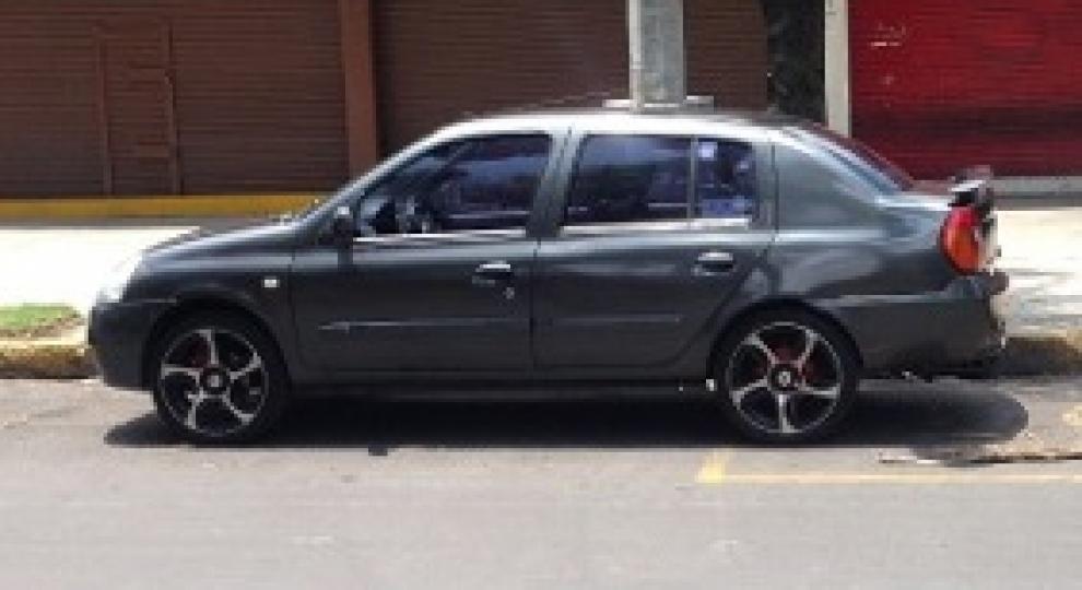 Nissan Platina 2004 Sedán en Tlalpan, Distrito Federal ...