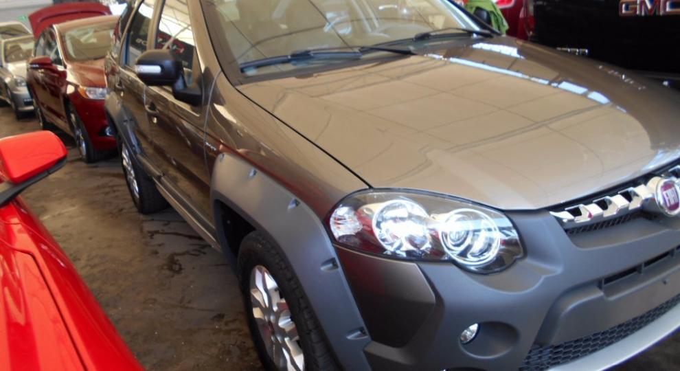 Fiat palio adventure 2015 hatchback 5 puertas en for Nuevo fiat idea adventure 2015